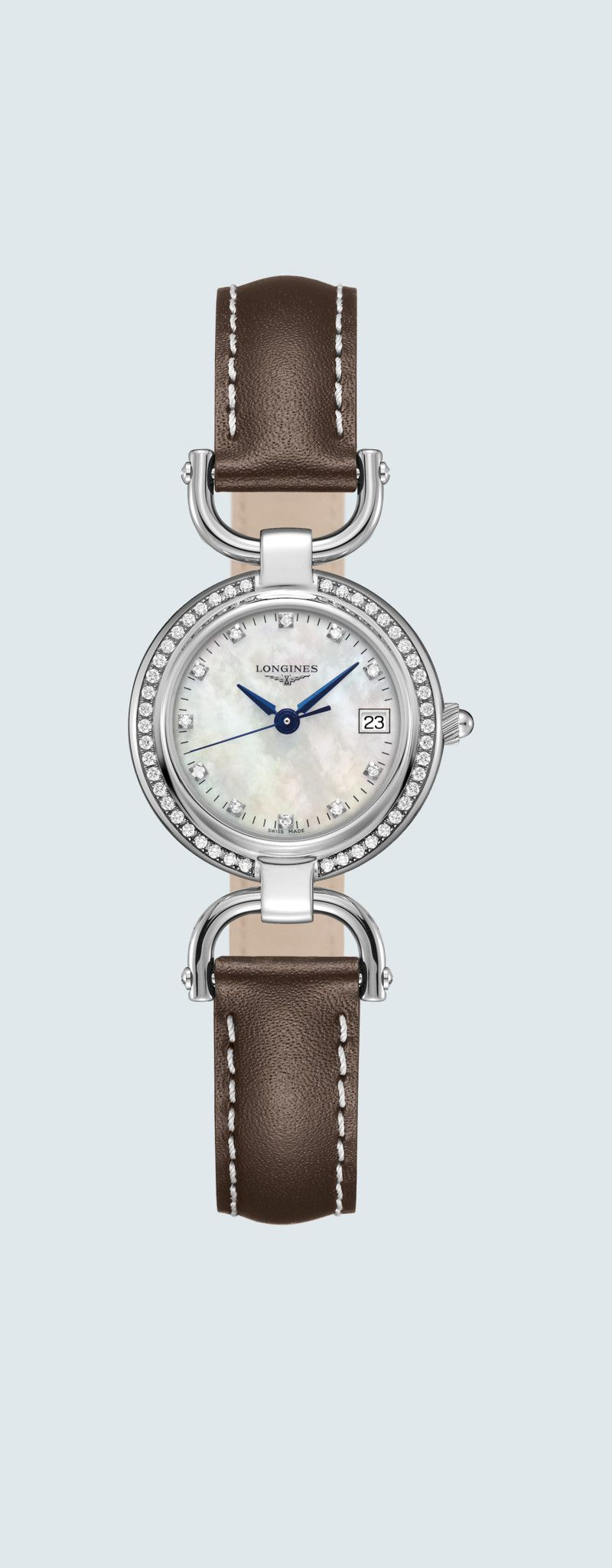 26.50 mm Edelstahl case with Weißes Perlmutt dial and Lederarmband Braun strap - case zoom view