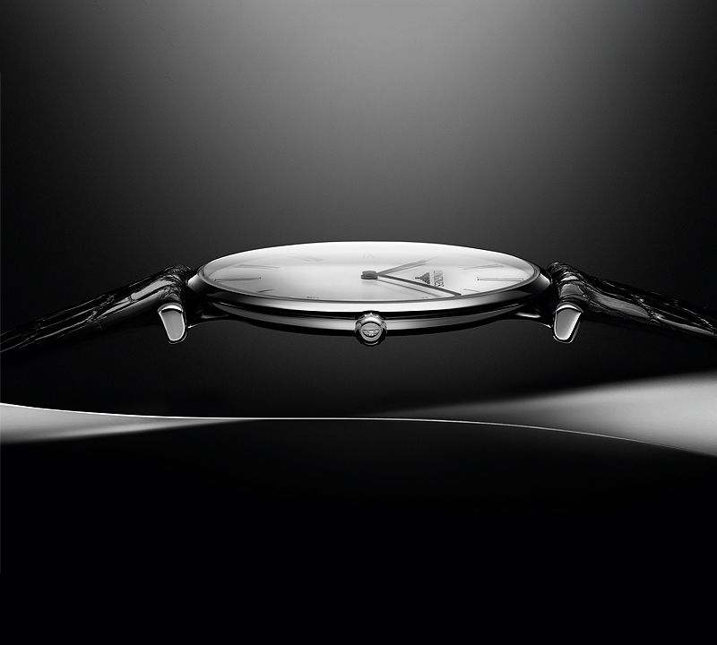 36.00 mm Stainless steel case with Black lacquered polished dial and Stainless steel strap