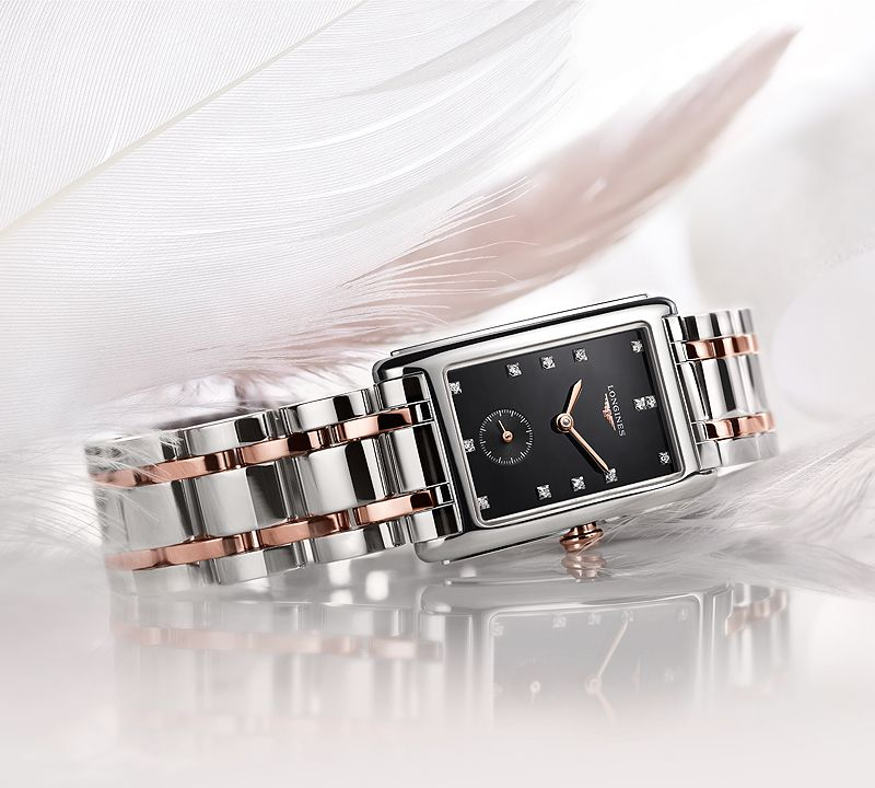 20.80 X 32.00 mm Or rose 18 carats case with Nacre blanche dial and Bracelet Alligator Noir strap