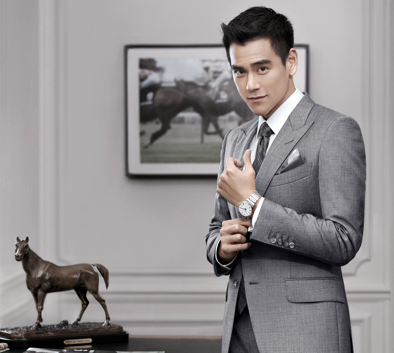Eddie Peng ambassador of the Conquest Classic watch