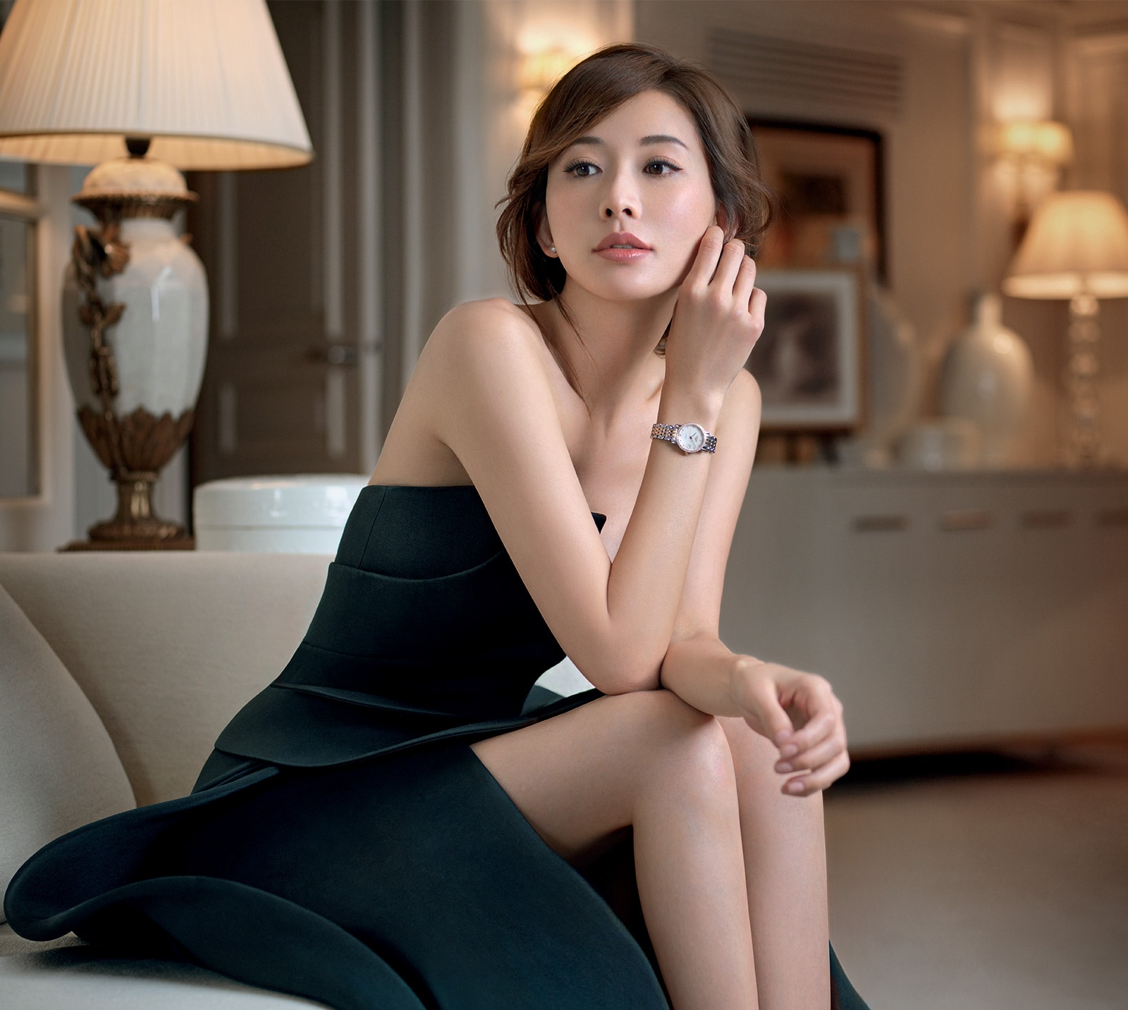 Chi Ling Lin ambassador of the Longines DolceVita collection