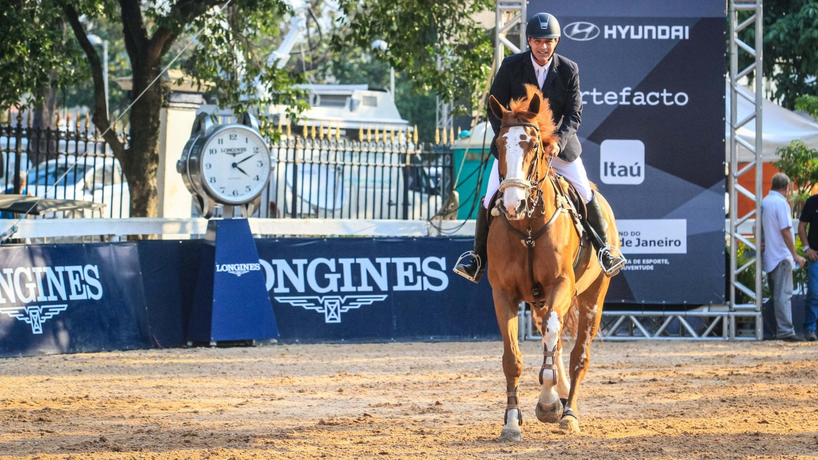 Pedro Paulo Luz Lacerda claimed the Longines Grand Prix at the Longines Rio Equestrian Festival