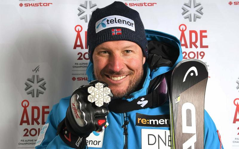 Longines congratulates its Ambassador of Elegance Aksel Lund Svindal for his exceptional career