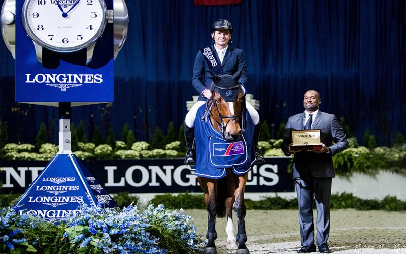Swiss rider Beat Mändli and Dsarie jumped to victory at the Longines FEI World CupTM Jumping North American League in Washington