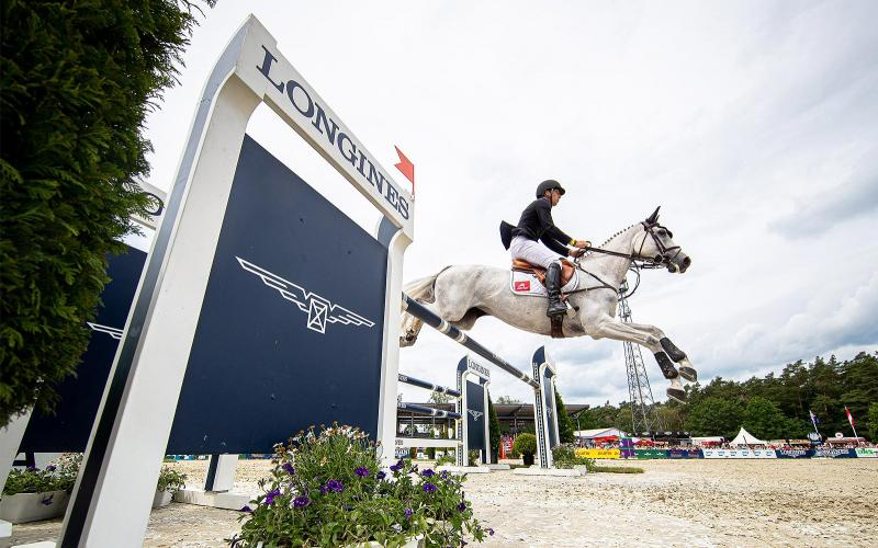 New Zealand's Tim Price wins the Longines CCI5*-L